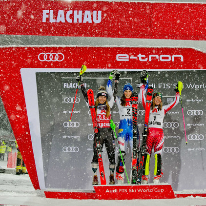 Award ceremony at the World Cup in Flachau